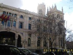 Edificaciones regias que permiten ver por si misma...el esplendido arte que se encuentra por doquier en Madrid.