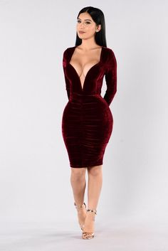 Available in Wine, Hunter, & Pastel Brown Velvet Dress Long Sleeve Midi Length Ruched Front Detail Wired V Neckline Exposed Back Zipper Polyester Spandex 30th Birthday Dresses, Make You Miss Me, Fashion Nova Models, Dope Outfits, Buy Dress, Daily Fashion, Fashion Dresses, Bodycon Dress, Clothes For Women
