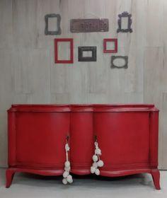 Respaldo Luis XV            Cómoda Luis XV blanco decapado           Mesa de lapacho              Vajillero antiguo Chippendale.      ... Wooden Furniture, Furniture Design, Shaby Chic, Chalk Paint, Ideas Para, Wood Crafts, Cabinet, Interior Design, Storage