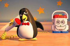 Toy Story Wheezy the penguin is a tribute to the Linux mascot, Tux. Disney Facts, Disney Fun, Disney Magic, Disney Movies, Disney Pixar, Toy Story Series, Toy Story 1995, Cute Animal Drawings, Mini Canvas