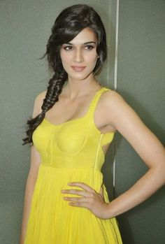 Heropanti fame Kirti Sanon has been.signed as the brand ambassador of Pepsi! Does she deserve this???