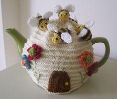 Busy Bees Tea Cosy