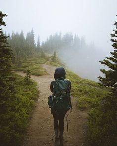 Btonevibes mount rainier national park travel in 2019 кемпинг. Climbing Outfits, Hiking Training, Mount Rainier National Park, Hiking Photography, Mountain Hiking, Camping Life, Adventure Travel, Adventure Awaits, Backpacking