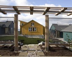 Deer fence designs deer fence designs exterior contemporary with fence gravel stepping stones deer fence designs Metal Pergola, Cheap Pergola, Metal Roof, Outdoor Pots, Outdoor Living, Outdoor Spaces, Outdoor Ideas, Seattle, Metal Fence Panels