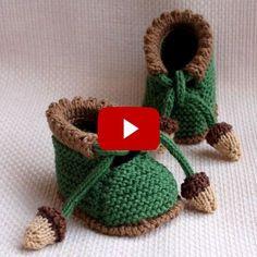 Best 12 Easy New Flower Socks Design - Design Easy flower Socks socksdesign - Her Crochet Knitted Baby Boots, Knit Baby Sweaters, Knitted Booties, Crochet Baby Booties, Women's Booties, Baby Booties Knitting Pattern, Baby Knitting Patterns, Free Knitting, Crochet Patterns