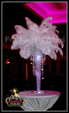 Crystal feather centerpiece really awesome! Gatsby Wedding, Wedding Table, Wedding Reception, Dream Wedding, Wedding Ideas, Bridal Table, Party Centerpieces, Wedding Decorations, White Centerpiece