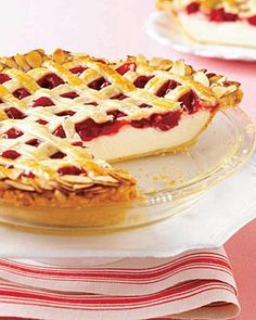 Cherry Cheesecake Pie- with auntie's goat cheese cheesecake, for the centerpiece dessert! Cherry Cheesecake Pie, Cheesecake Recipes, Pie Recipes, Sweet Recipes, Dessert Recipes, Just Desserts, Delicious Desserts, Yummy Food, Yummy Treats
