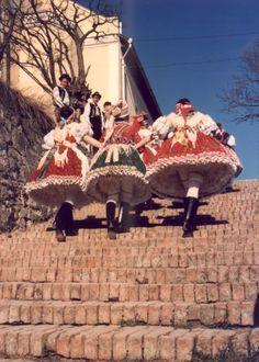Kazári viselet Folk Costume, Costumes, Traditional Dresses, Folklore, Hungary, Past, Military, Times, Water