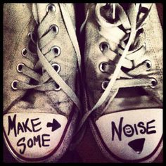Make some noise converse shoes Crazy Shoes, Me Too Shoes, Kinds Of Shoes, Converse Sneakers, My Images, Chuck Taylors, Footwear, Clothes For Women, My Style