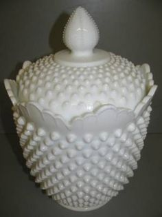 Latest Collection Of Vintage Fenton Milk Glass Hobnail Footed Crimped & Ruffled Bowl Pure And Mild Flavor North American Fenton