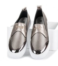 Mary Janes, Slip On, Sneakers, Shoes, Fashion, Tennis, Moda, Slippers, Zapatos