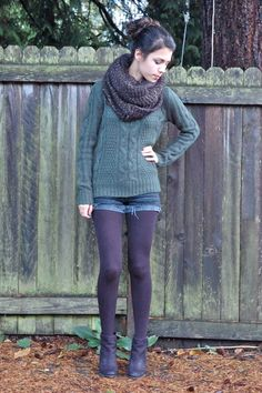 Shorts and tights.one of my favorite combos. But this whole outfit is great. - Shorts and tights…one of my favorite combos. But this whole outfit is great. Purple Tights, Green Tights, Colored Tights, Tights And Boots, Shorts With Tights, Black Tights, Leggings, Outfits With Tights, Denim Shorts
