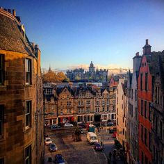 Old town Edinburgh on an autumn evening #explorescotland #scotlandlover #instascotland #travel #love #instacool #instagood #instalike #instadaily #instaedinburgh #oldtown #autumn #hashtagmuch #edinburgh #victoriastreet #loves_scotland #brilliantmoments #iphoneonly #thisisedinburgh #LoveScotland #historicscotland  #somewhereinscotland #igersscotland #ig_scotland #igersscots #photooftheday #grassmarket by davie_spark