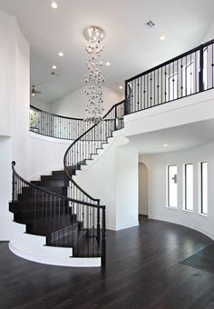 nice house interior dream homes Dream Home Design, Modern House Design, My Dream Home, Modern Home Interior Design, Dream House Interior, Staircase Design, Foyer Staircase, Chandelier Staircase, White Staircase