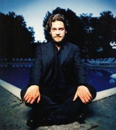 Kenneth Branagh Hollywood Actor, Golden Age Of Hollywood, Actors Funny, Kenneth Branagh, Australian Men, British Actors, Kinds Of People, Smart People, Male Beauty