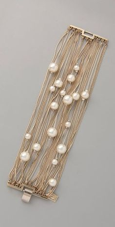 Look gorgeous in pearls