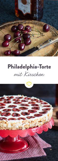 Kirschen aus Nachbars Garten mopsen und mit Frischkäse zu einer fruchtigen Philadelphia-Torte verwandeln. Besonders lecker mit Amaretto und Mandeln.