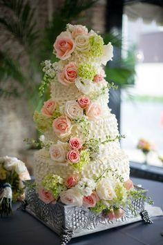 gorgeous cake ruffles, pink roses
