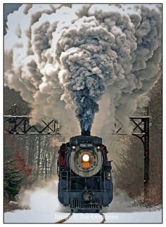 Steamtown's Ice Harvest train accelerating out of Scranton © Joe Geronimo Old Trains, Vintage Trains, Old Steam Train, Tramway, Train Truck, Abandoned Train, Bonde, Train Art, Train Pictures