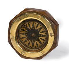 Compas de doris en laiton à rose liquide. Coffret en bois à pans coupés. Diam. 12 cm. France 19ème siècle - Tessier & Sarrou - 08/03/2016
