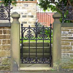 Buy Victorian Terrace Garden Gate (traditional solid cast iron), Terrace Range of Gates and Railings - This metal garden gate is cast from solid iron. Featuring an ornate trellis design. Metal Garden Gates, Metal Gates, Wrought Iron Doors, Wrought Iron Fences, Cast Iron Railings, Cast Iron Gates, Gates And Railings, Victorian Gardens, Victorian Terrace