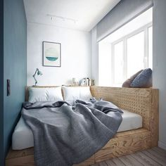 dank Podestbett entsteht eine Sitzecke am Fenster Thanks to the platform bed, a seating area is crea One Bedroom Apartment, Apartment Interior, Apartment Furniture, Apartment Ideas, Small Rooms, Small Spaces, Bedroom Furniture, Bedroom Decor, Bedroom Ideas