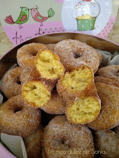 Rosquillas de Mamá Rosa Doughnut, Desserts, Food, Donut Hole Recipe, Bagels, Fairy Cakes, Pastries, Spanish Cuisine, Donuts