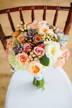 real colorado wedding | anna be bridal boutique | pastel bouquet | sara gabriel veil | Ryan Dearth photography | parker, co