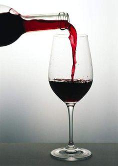 España es el país más barato del mundo para saborear una copa de vino tinto en un hotel