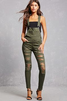 Plus Size Denim Overalls Tomboy Fashion, Curvy Fashion, Denim Overalls Outfit, Camouflage Jumpsuit, Short Outfits, Cute Outfits, Stylish Girl, Dress Me Up, Plus Size Outfits