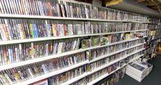 Một game thủ ở thành phố New York đã phát hiện thấy rằng, bộ sưu tầm các tựa game yêu quý của mình gần như đã biến mất hoàn toàn trong tuần này. Ước tính bộ sưu tầm game của game thủ này có trị giá lên tới 500.000 USD (tương đương với hơn 11,5 […] Bài viết Game thủ bị mẹ vứt đi bộ sưu tầm game cổ trị giá lên tới hơn 11 tỷ VNĐ đã xuất hiện đầu tiên vào ngày Đồ Chơi Công Nghệ. Good Times, Playstation, Games, Fun Time, Train, Gaming, Plays, Game, Toys