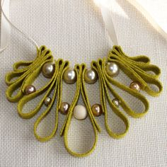 Felt Necklace, Jenny L in Mustard Felt Necklace, Fabric Necklace, Diy Necklace, Leather Necklace, Leather Jewelry, Ribbon Necklace, Ribbon Jewelry, Clay Jewelry, Jewelry Crafts