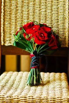 Modern Black Green Red Bouquet Winter Wedding Flowers Photos & Pictures - WeddingWire.com