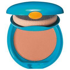 Votre bronzage estival vous manque.Mencorner comprends. Mais l'hiver et l'automne ne sont pas des saisons où l'on arbore un hâle caramel. C'est pour cela que nous vous proposons  le fond de teint japonnais Shiseido pour un effet bonne mine naturel!  http://www.mencorner.com/p-fond-de-teint-compact-solaire-protecteur-spf30-sp50-shiseido-13496-14.html