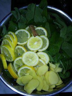 Bylinková Maruška: Šalvějový sirup na kašel :: Potraviny jinak Fruit Tea, Herbal Tea, Home Remedies, Pesto, Smoothies, Herbalism, Lime, Spices, Food And Drink