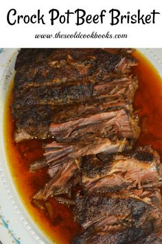 Crock Pot Beef Brisket The trick to this tasty crock pot beef br. - Crock Pot Beef Brisket The trick to this tasty crock pot beef brisket is using a dr - Brisket Tacos, Corned Beef Brisket, Beef Brisket Recipes Crockpot, How To Cook Brisket, Slow Cooker Brisket, Brisket Chili, Crockpot Dishes, Crock Pot Slow Cooker, Crock Pot Cooking