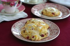 Embracing the Low Carb, Gluten-Free Lifestyle + Cranberry Orange Drop Scones | Bob's Red Mill + All Day I Dream About Food