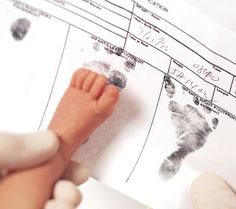 8 Things to Save in Baby's Book