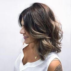 """""""Adorável cabelo novo @pellecapelli  Encantada com seu trabalho @herrerafabi e apaixonada pela escova modelada mais bafo de todos os tempos do…"""""""