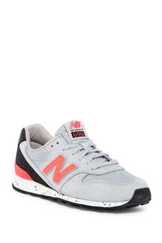 60ff0950cc6e28 696 Classics Sneaker Asics