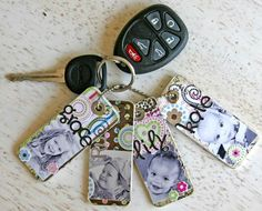 Mini scrapbooks on a keychain. This would be a great gift for the great grandmas.