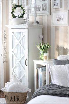 White Cottage, Home Fashion, Interior Inspiration, Sweet Home, Shabby Chic, Living Room, Bedroom, House Styles, Decorations