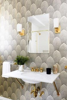 See all our stylish art deco bathrooms design ideas. Art Deco inspired black and white design. Casa Art Deco, Art Deco House, Art Deco Room, Art Deco Decor, Art Deco Style, Art Deco Art, Art Deco Living Room, Living Rooms, Art Deco Wallpaper