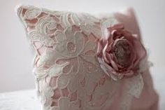Billedresultat for shabby chic lace pillows