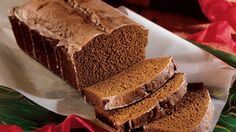 Looking for homemade bread? Then check out this flavorful gingerbread – perfect for holiday gift.