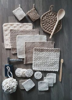 This crochet pattern of the Zero Waste Home Collection is just one of the . This Zero Waste Home Collection crochet pattern is just one of the . crochet pattern of the Zero Waste Home Collection is just one of the . Easy Knitting Projects, Crochet Projects, Beginner Knitting, Knitting Ideas, Free Knitting, Crochet Ideas, Crochet Placemat Patterns, Boho Crochet Patterns, Dishcloth Knitting Patterns