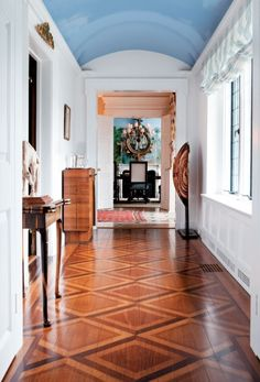 -Inside a Greenwich Home Where Old Meets New white walls, doorway details, blue ceiling, inlay wood / color conbination See it Diy Wood Floors, Cleaning Wood Floors, Painted Wood Floors, Diy Flooring, Hardwood Floors, Wood Planks, Wood Floor Design, Wood Floor Pattern, Floor Patterns
