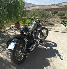 Virago Bobber, Virago 535, Chopper Motorcycle, Cute Pins, Chic Outfits, Motorbikes, Cute Pictures, Vehicles, Awesome