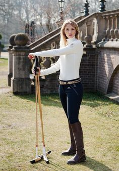 short outfit for women Equestrian Chic, Equestrian Girls, Equestrian Outfits, Preppy Mode, Preppy Style, My Style, Horse Riding, Riding Boots, Hv Polo