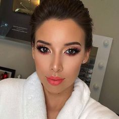"""71.5 mil Me gusta, 167 comentarios - Too Faced Cosmetics (@toofaced) en Instagram: """"@lustrelux is a total stunner in our Melted Matte shade Feelin' Myself. #regram #getmelted #toofaced"""""""
